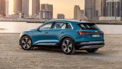 Audi e-tron 55 quattro, vista 3/4 posteriore