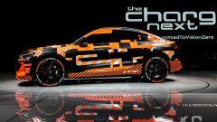 Audi e-tron Crossback: vista laterale