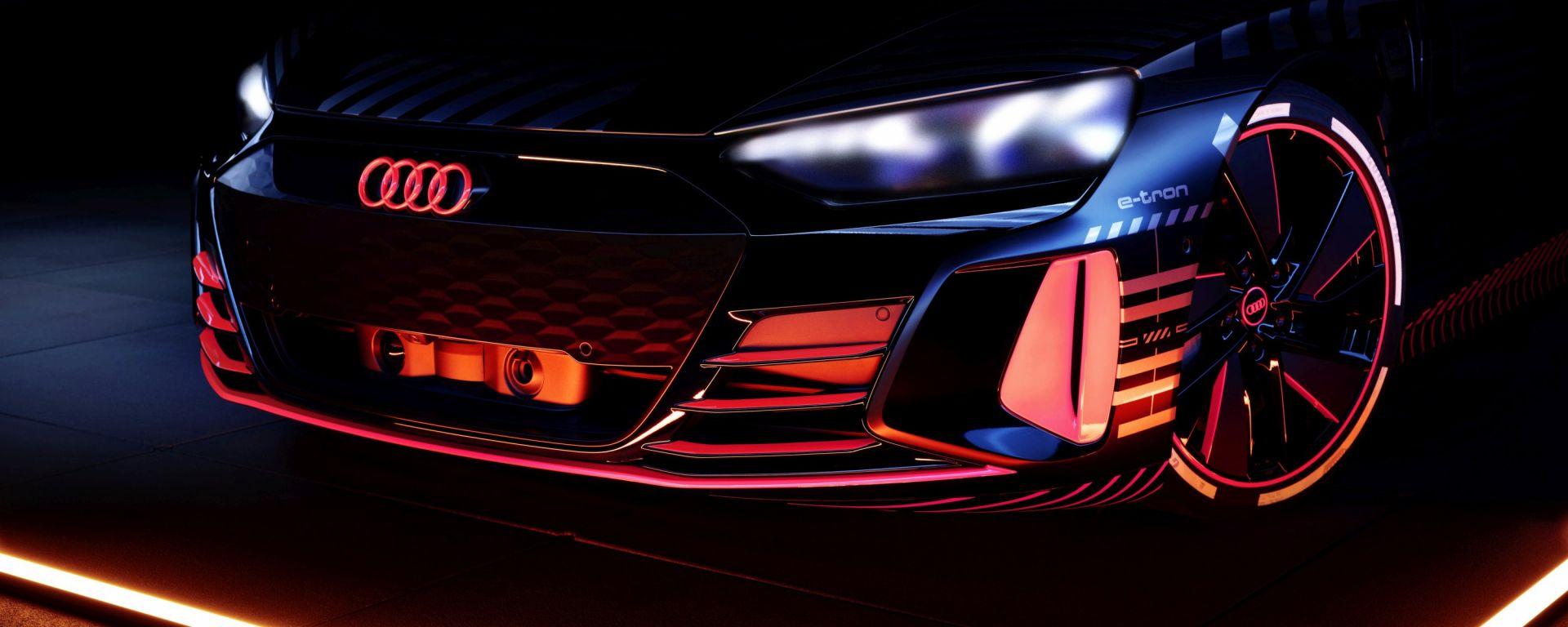 Audi e-tron GT: il frontale della sportiva tedesca