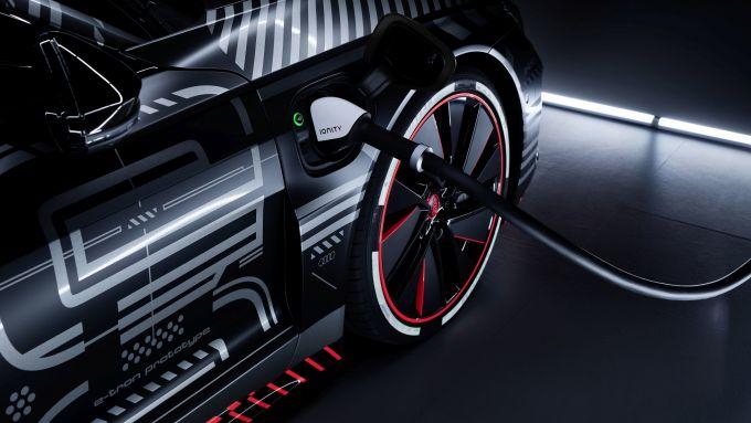 Audi e-tron GT: la ricarica rapida