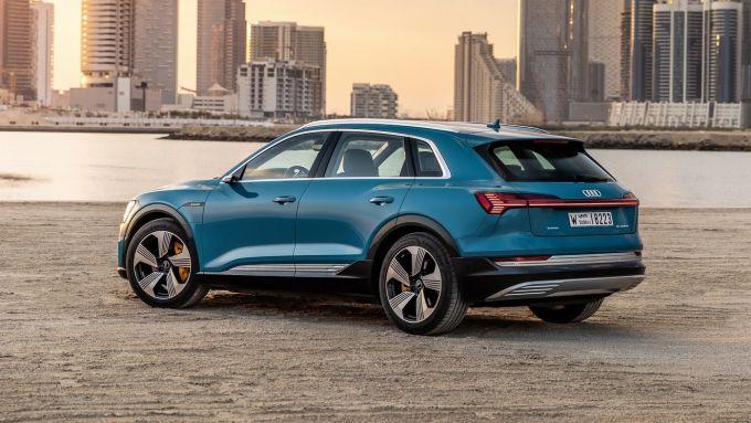Audi e-tron: il posteriore