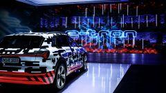 Audi e-tron Prototipo: interni digitali in salsa A8 - Immagine: 4