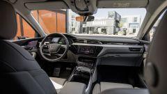 Audi e-tron Prototipo: interni digitali in salsa A8 - Immagine: 9