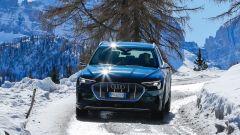 Audi e-tron quattro, elettro-Suv a prova di neve e ghiaccio - Immagine: 7