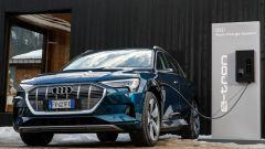 Audi e-tron quattro, elettro-Suv a prova di neve e ghiaccio - Immagine: 15