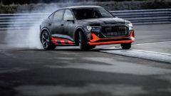 Audi e-tron S Sportback in derapata di potenza
