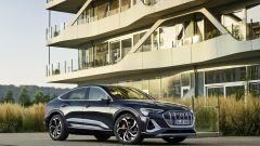 Audi e-tron Sportback Edition one: visuale di 3/4 anteriore