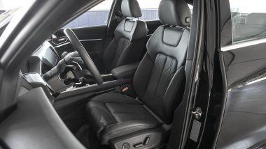Audi e-tron Sportback: i sedili anteriori a regolazione elettrica
