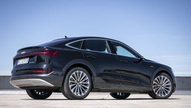 Audi e-tron Sportback: lo stile sinuoso del SUV coupé tedesco