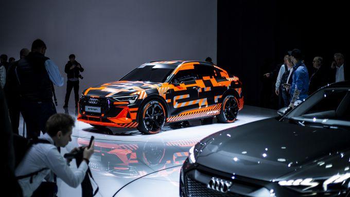 Audi, debutto a Los Angeles per RS Q8 e e-tron Sportback