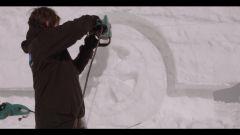 Audi: la Q7 diventa un pupazzo di neve - Immagine: 5
