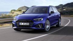 Audi MY 2022: A4, visuale di 3/4 anteriore