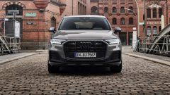 Audi MY 2022: Q7, visuale frontale