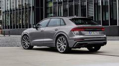 Audi MY 2022: Q8, visuale di 3/4 posteriore