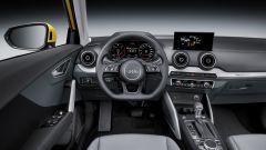 Audi Q2: di serie è presente lo schermo da 5,8 pollici con sistema di infotainment MMI.