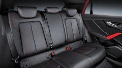 Audi Q2: il divanetto posteriore può essere abbattuto secondo lo schema 40/60