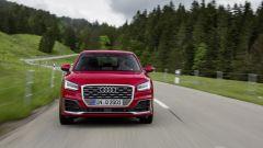 Audi Q2: la versione Sport si distingue per bocche grandi e nere ai lati della calandra