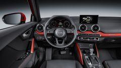 Audi Q2: l'abitacolo è pieno stile Audi, ma non rinuncia ad aspetti particolari e più scolpiti rispetto alle sorelle