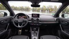 Audi Q2 restyling 2021: interni, abitacolo anteriore e plancia