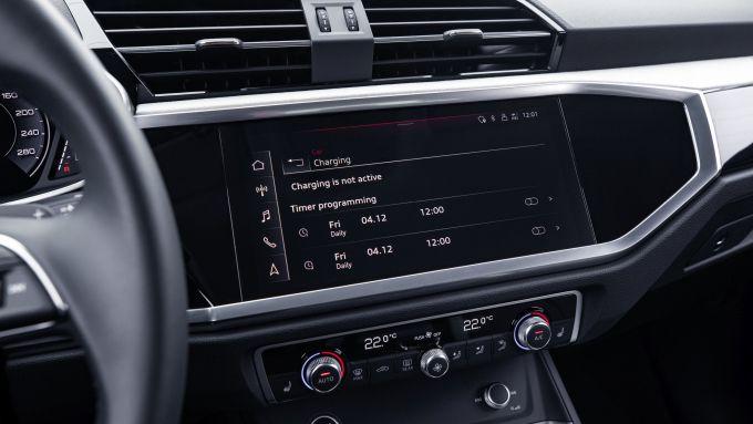 Audi Q3 Sportback PHEV, il display centrale