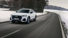 Audi Q3 Sportback PHEV, visuale di 3/4 anteriore