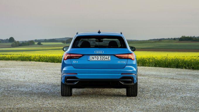 Audi Q3 TFSI e: visuale posteriore