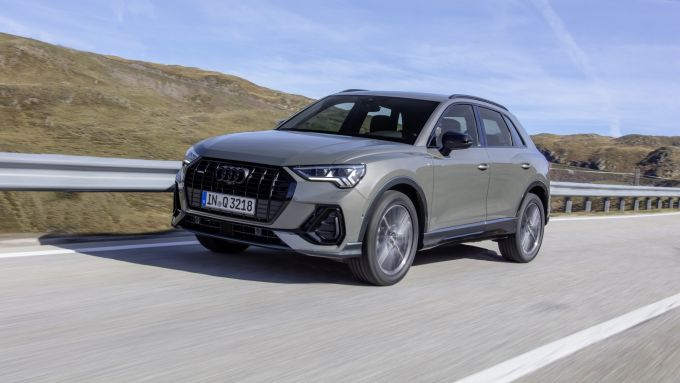 Audi Q3: vista frontale