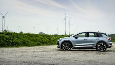 Audi Q4 45 e-tron quattro: visuale laterale