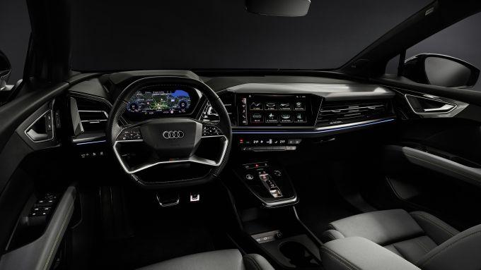 Audi Q4 50 e-tron quattro: gli interni