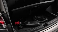 Audi Q4 e-tron, bagagliaio e doppiofondo per i cavi di ricarica