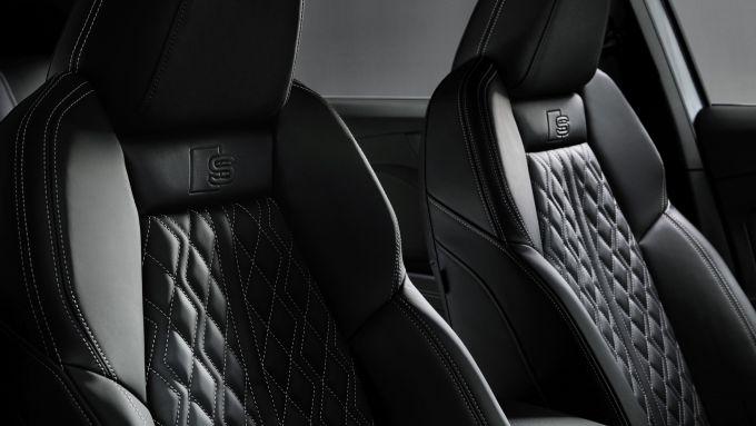Audi Q4 e-tron: i sedili sportivi in pelle