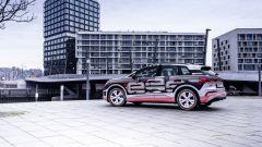 Audi Q4 e-tron: visuale di 3/4 posteriore