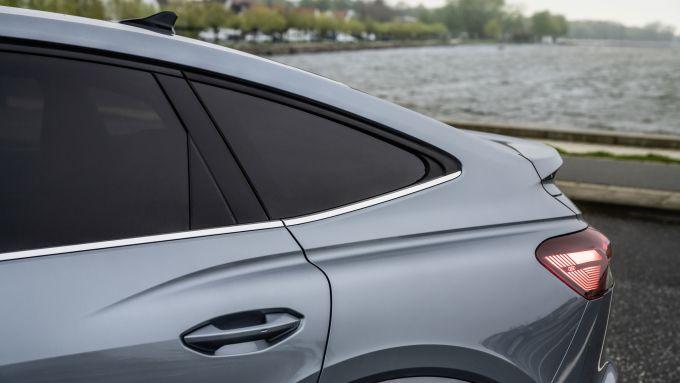 Audi Q4 Sportback e-tron: la coda spiovente da coupé