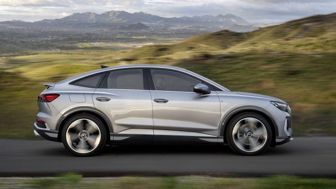 Audi Q4 Sportback e-tron: visuale laterale