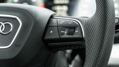 Audi Q5 40 TDI quattro S tronic S line plus 2021, comandi al volante per audio e vivavoce