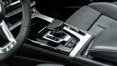 Audi Q5 40 TDI quattro S tronic S line plus 2021, la console centrale