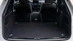 Audi Q5 55 TFSI e quattro, sedili posteriori frazionati