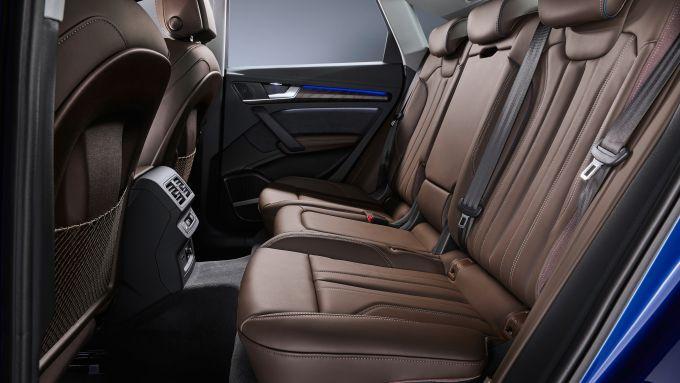 Audi Q5 Sportback 2021: l'abitacolo posteriore