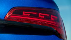 Audi Q5 Sportback PHEV: i fari posteriori Digital Oled con firma luminosa configurabile