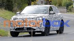 * Foto spia di Audi Q6 e-tron, nuovo SUV elettrico in arrivo nel 2022