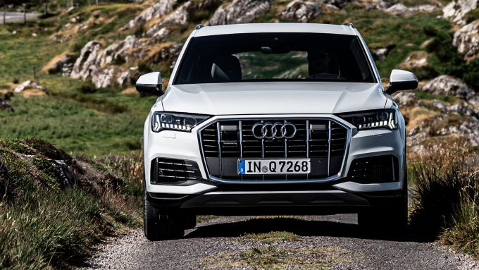 Audi Q7 2020, bene anche in offroad