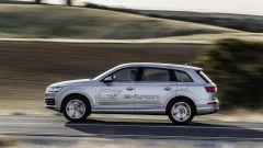 Audi Q7 e-tron: con la Q7 ibrida plug-in si fa di tutto - Immagine: 10