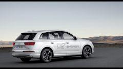 Audi Q7 e-tron: la suv ibrida ha 373 cv e dichiara una percorrenza media di 1,7 l/100 km