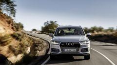 Audi Q7 e-tron prova su strada