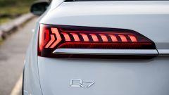 Audi Q7, il gruppo ottico posteriore