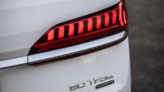 Audi Q7 plug-in hybrid: i gruppi ottici posteriori