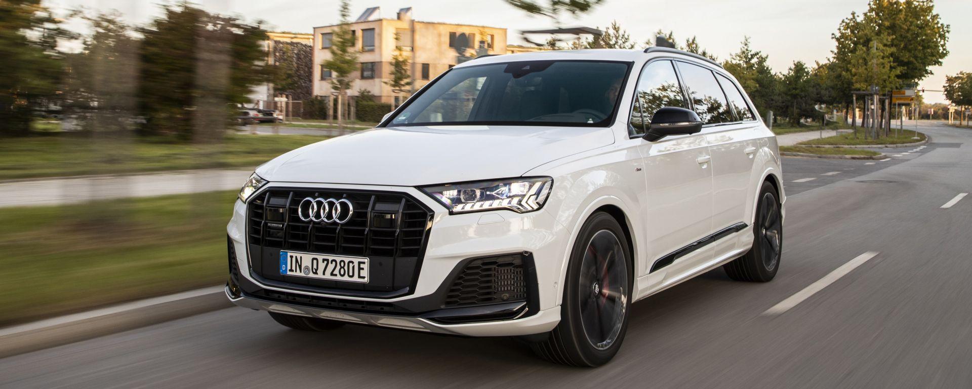 Audi Q7 plug-in hybrid: le novità di motori e batteria