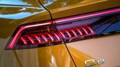 Audi Q8, le luci di coda a LED segmentati