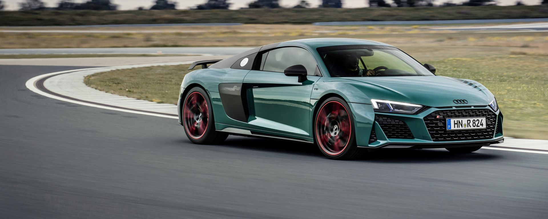 Audi R8 green hell: sotto c'è una R8 Performance