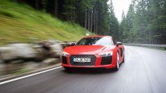 Audi R8 Plus: alla frusta sulle Dolomiti - Immagine: 11